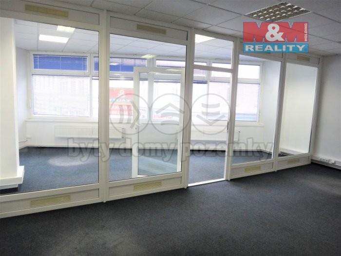 DSC02863 (Pronájem, kancelářské prostory, 110 m2, Kladno - centrum), foto 1/17