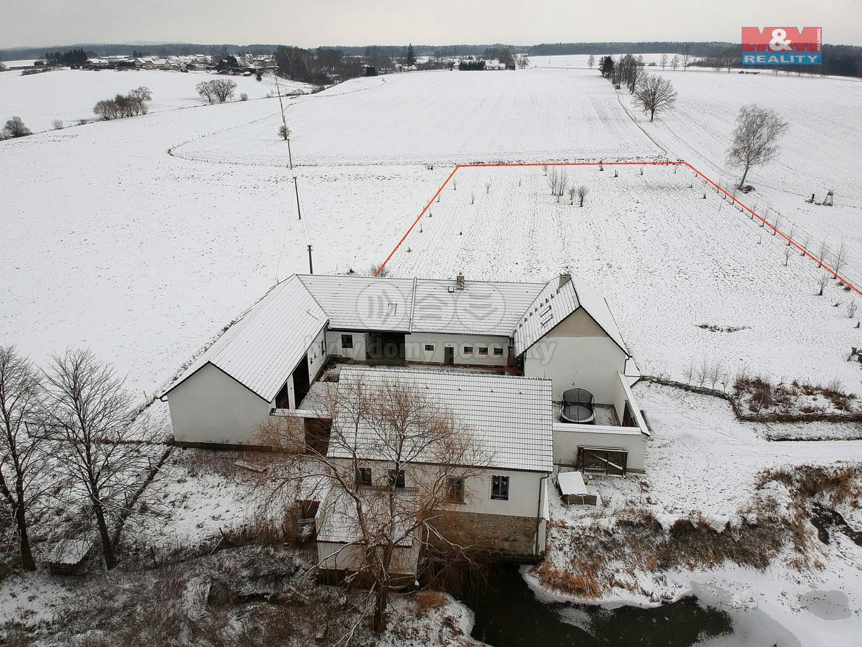 Prodej, rodinný dům, 9767 m2, Borovany, Třebeč