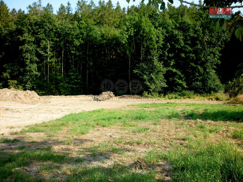 Prodej, pozemek, 1708 m2, Krnov