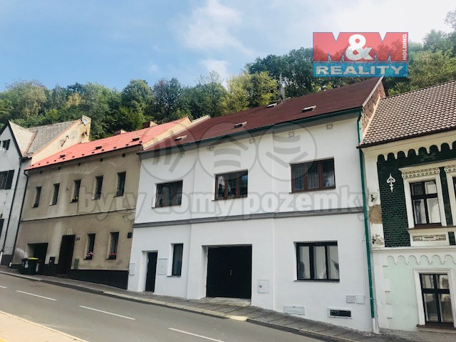 Prodej, rodinný dům, 302 m2, OV, Krupka, ul. Husitská