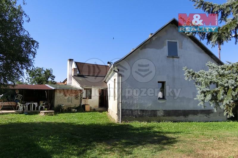 Prodej, rodinný dům, 700 m2, Lužec - Vroutek