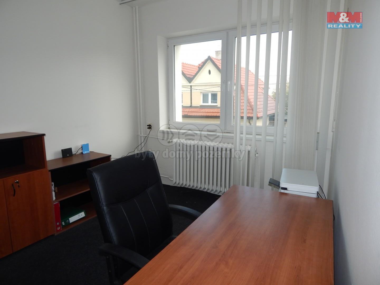 Pronájem, kancelářské prostory 11 m2, Zlín, ul. Dlouhá