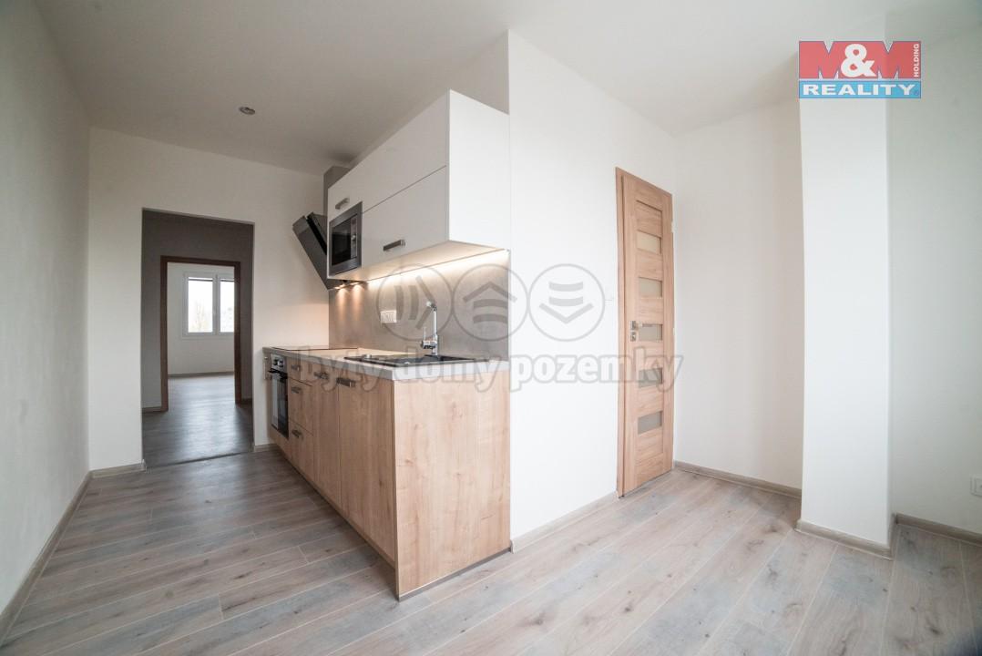 Prodej, byt 2+1, 60 m2, Plzeň, ul. Lábkova