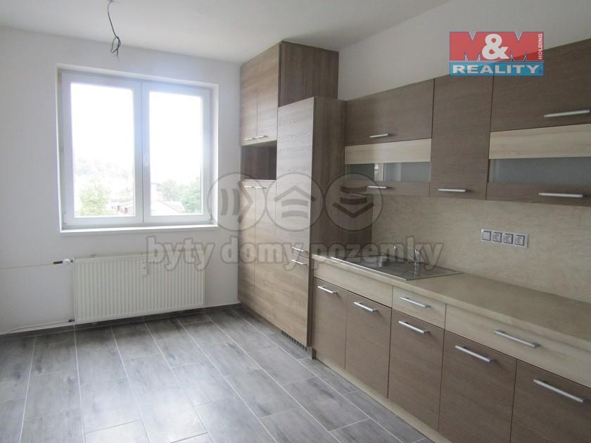 (Prodej, byt 3+1, 80 m2, Ostrava, ul. Sokolská třída)