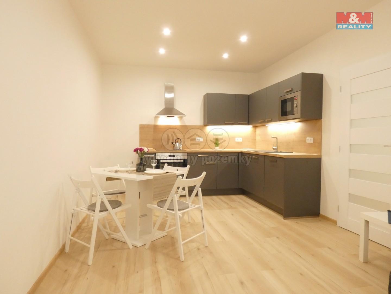 (Prodej, byt 2+kk, 48 m2, Praha, ul. Koulova), foto 1/13
