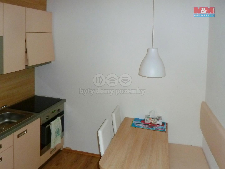 Prodej, byt 2+kk, 49 m2, Všemina