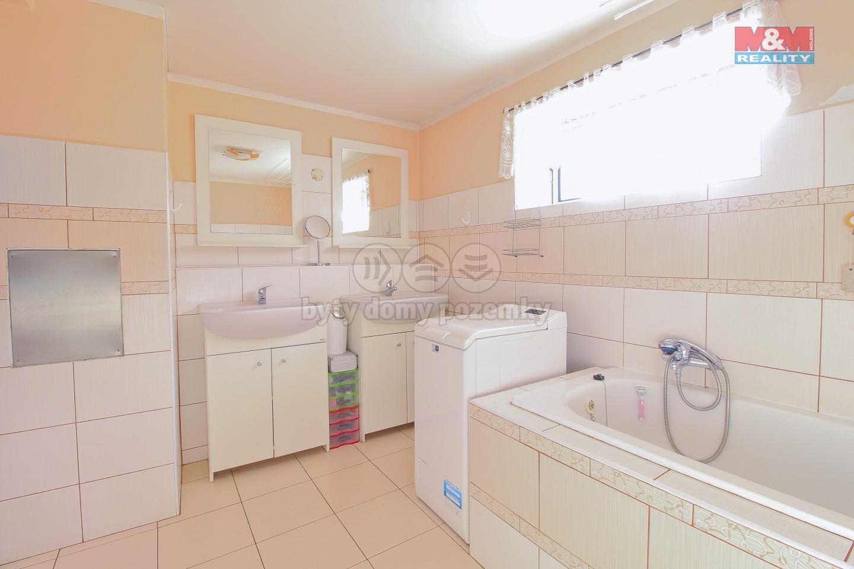 Prodej, rodinný dům, 232 m2, Strýčkovice
