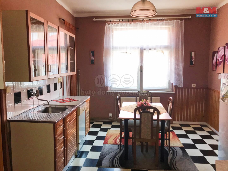Prodej, byt 2+1, 56 m2, OV, Bílovec, ul. Slezské náměstí