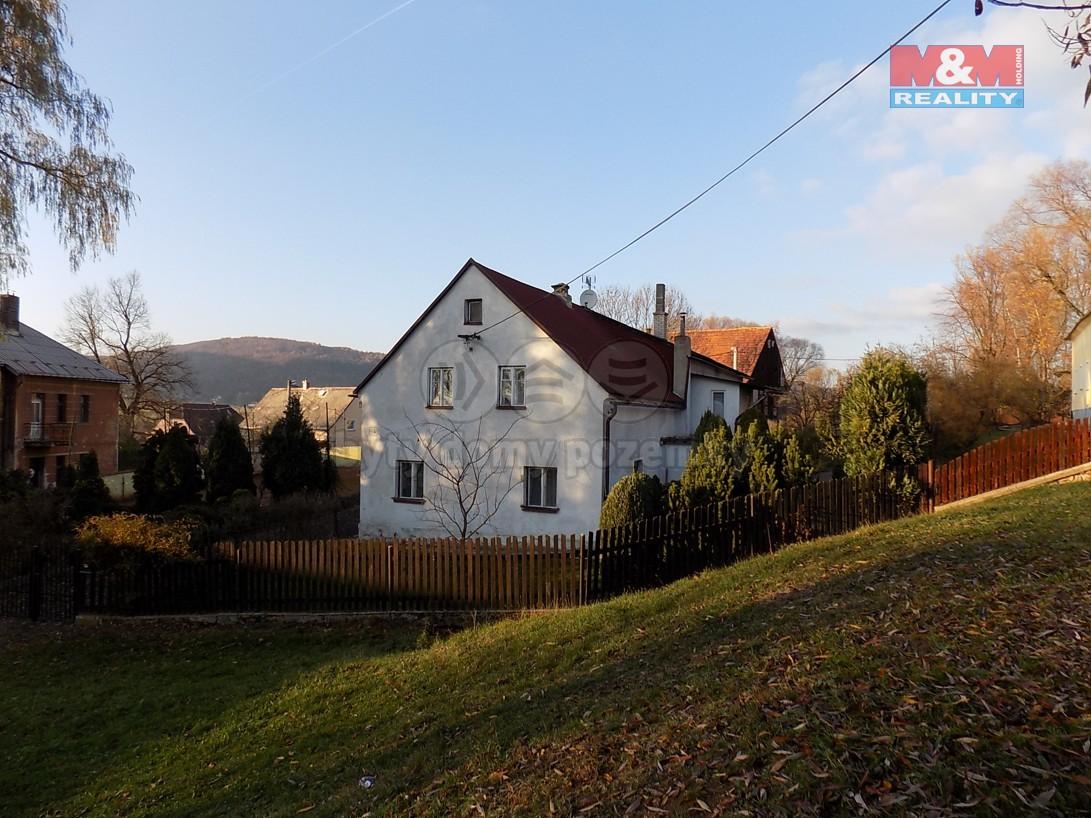 Prodej, rodinný dům, 1424 m2, Malé Chvojno