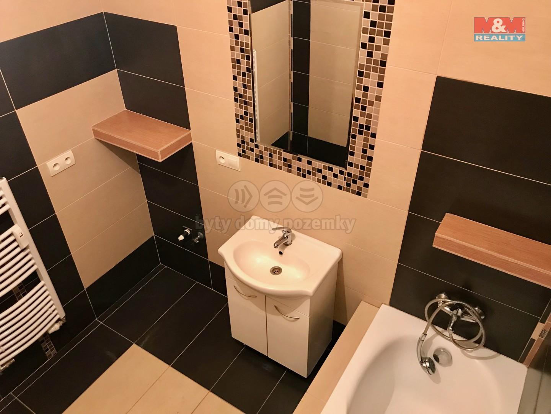 Pronájem, byt 3+kk, 90 m2, Chropyně, ul. Moravská