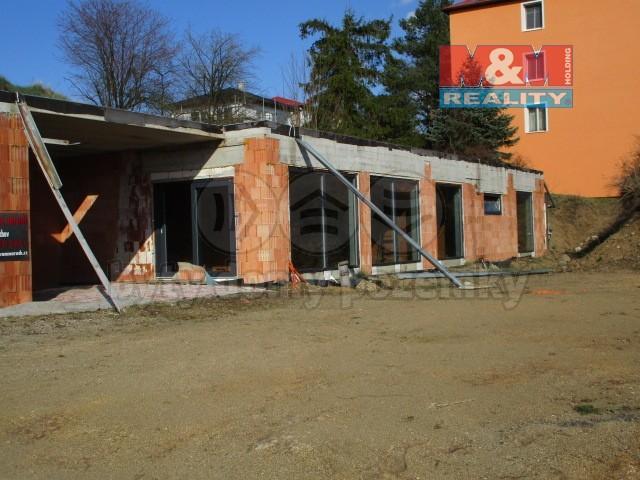 Prodej, rodinný dům 4+kk, 330 m2, ul. Třešňová, Tachov