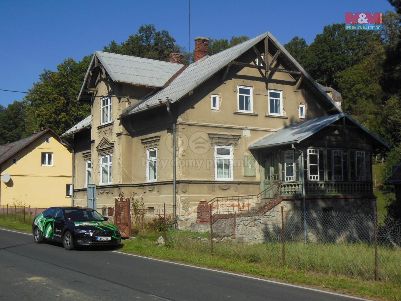 Prodej, rodinný dům 6+1, Mikulovice, ul. Nádražní