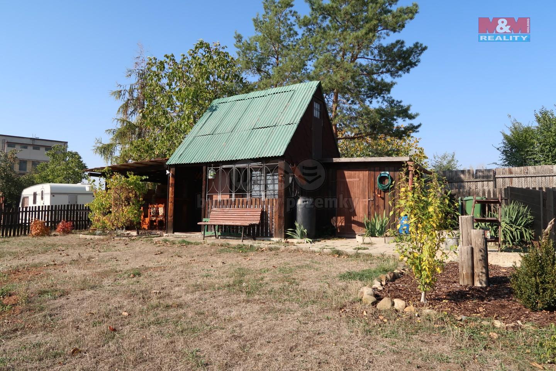 pohled na chatu (Prodej, zahrada, 405 m2, Žatec, ul. Mostecká)