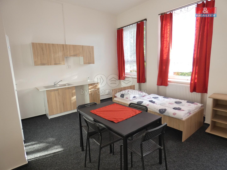 Pronájem, byt 1+kk, Ostrava - Svinov
