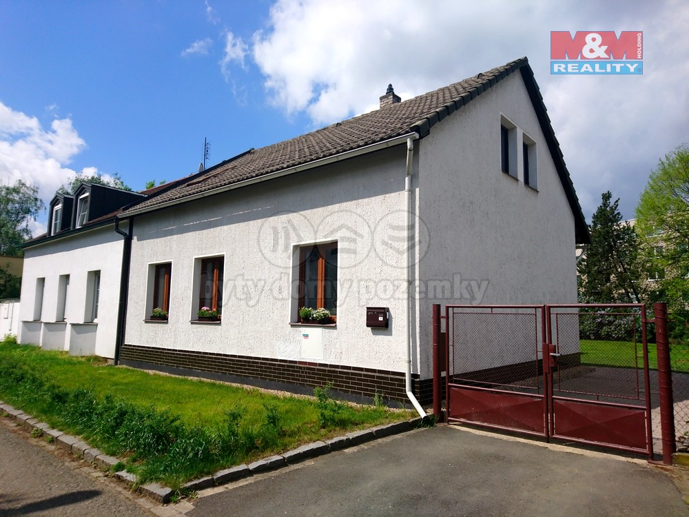 Pronájem, byt 2+1, 65 m2, Hradec Králové, ul. Štechova