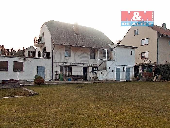 Prodej, rodinný dům 5+2, 7139 m2, Čučice