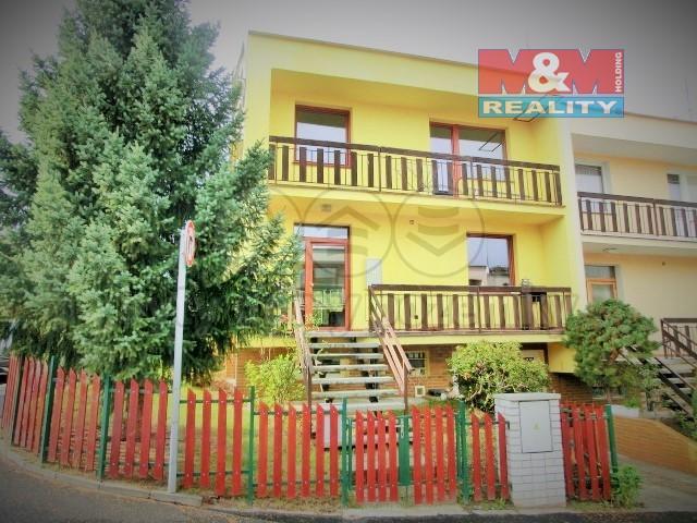 Prodej, rodinný dům, 300 m2, Praha 4 - Háje, Nad úpadem