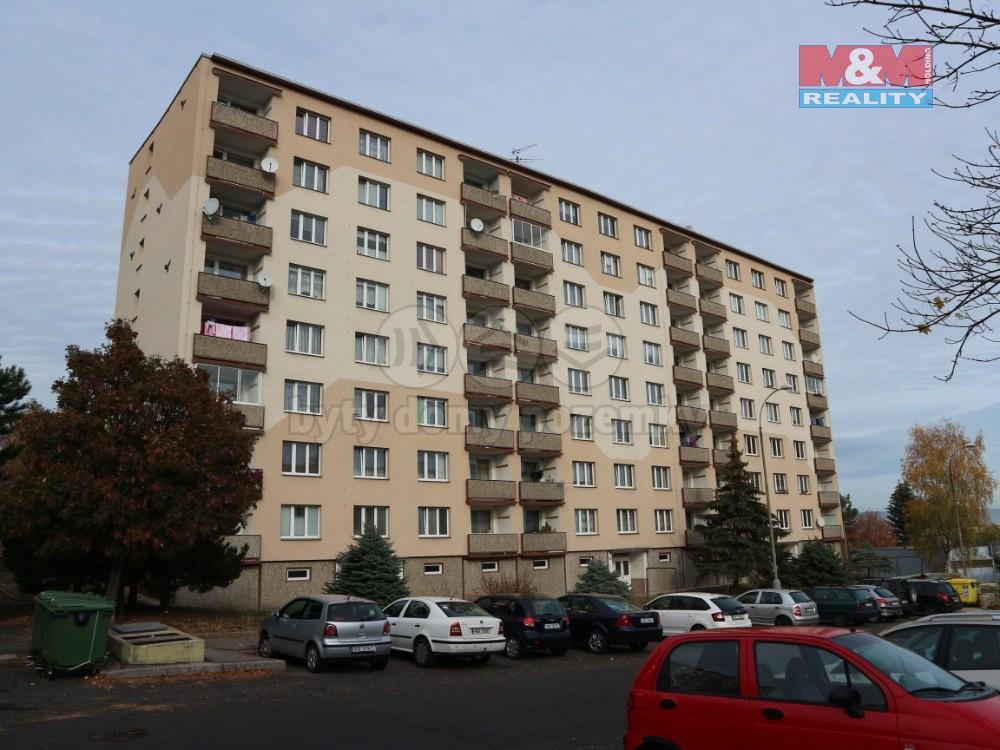 Pronájem, byt 2+1, 52 m2, OV, Chomutov, ul. Pod Břízami