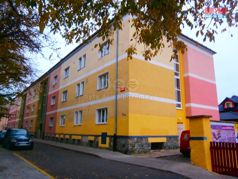 Prodej, byt 1+kk, 37 m2, Louny