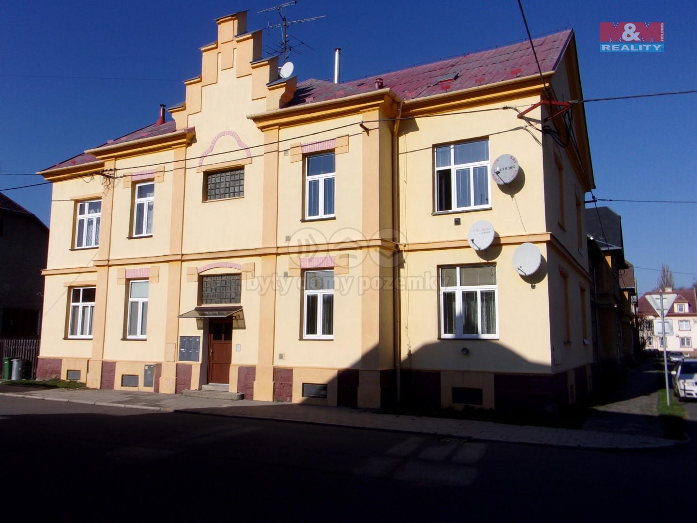 Prodej, byt 2+1, garáž, Krnov, ul. Nerudova