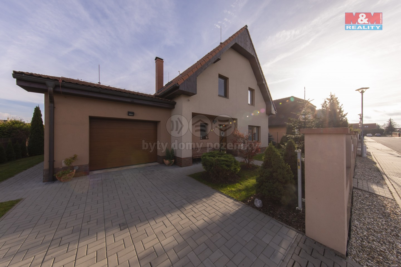 Prodej, rodinný dům 5+kk, 1000 m2, Příkazy