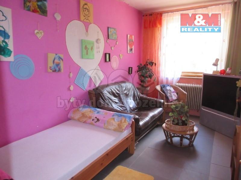 Prodej, rodinný dům, 1600 m2, Jaroslavice