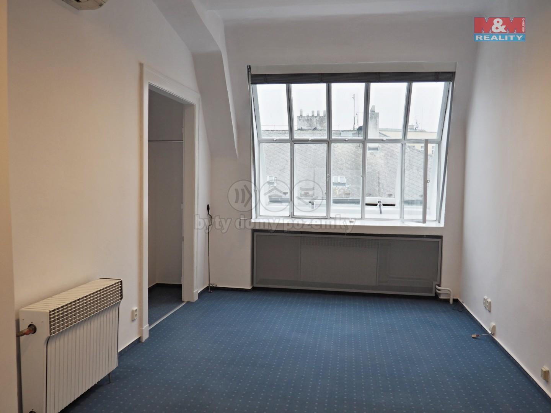Pronájem, kancelářské prostory, 81 m2, Praha, ul. V jámě