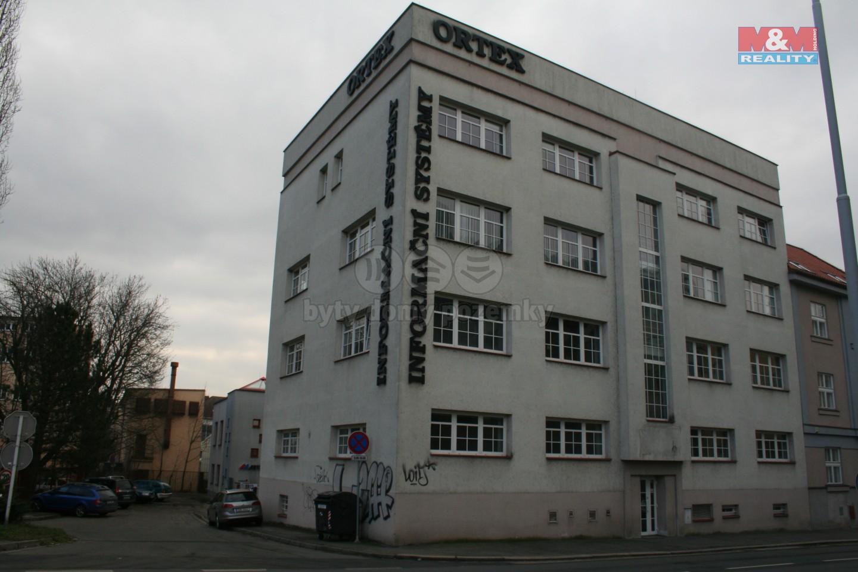 Pronájem, kancelářské prostory, Hradec Králové, ul. Resslova