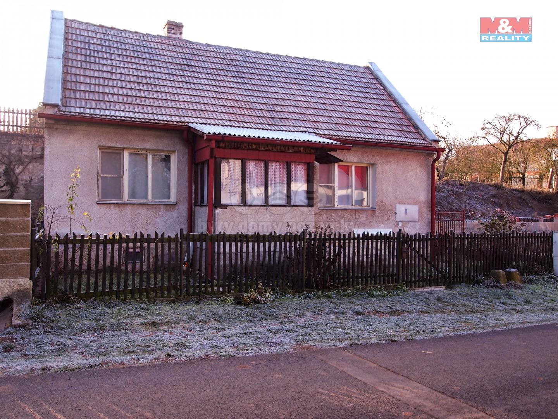 Prodej, rodinný dům 2+1, 1102 m2, Měcholupy, Želeč