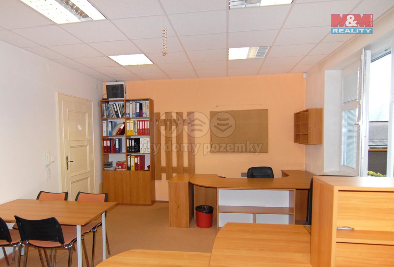 Pronájem, kanceláře, 28 m2, Ostrava, ul. Starobělská