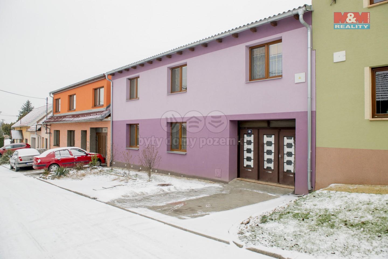 Prodej, rodinný dům 5+1, 990 m2, Medlovice u Vyškova