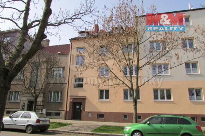 Pronájem, byt 1+kk, 27 m2, Plzeň, Slovany