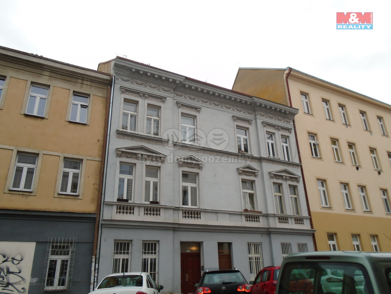 Pronájem, byt 2 +kk, 38 m2, Praha 2 Nusle