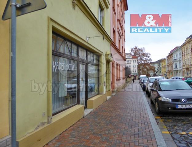 Palachova ulice a nabízený prostor (Pronájem, komerční prostor, 42 m2, Litoměřice, ul. Palachova)