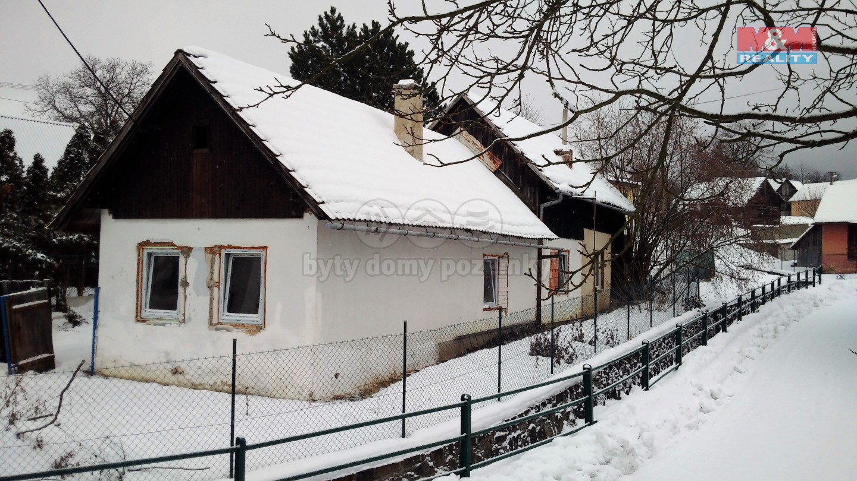 Rodinný dům, 3+1,66 m2, v obci Lhotsko