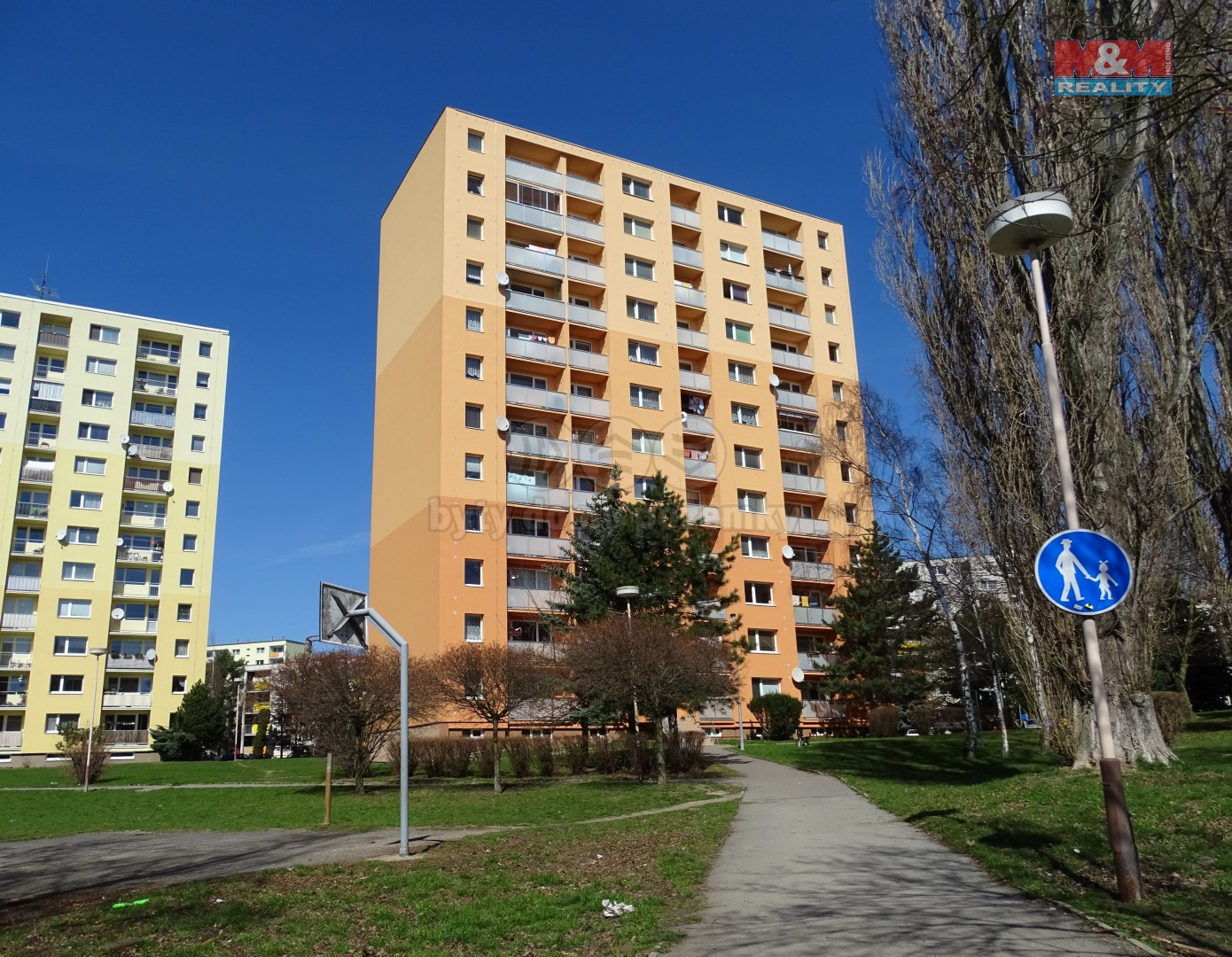 Dům (Prodej, byt 3+1, 75 m2, Česká Lípa, ul. Okružní), foto 1/14