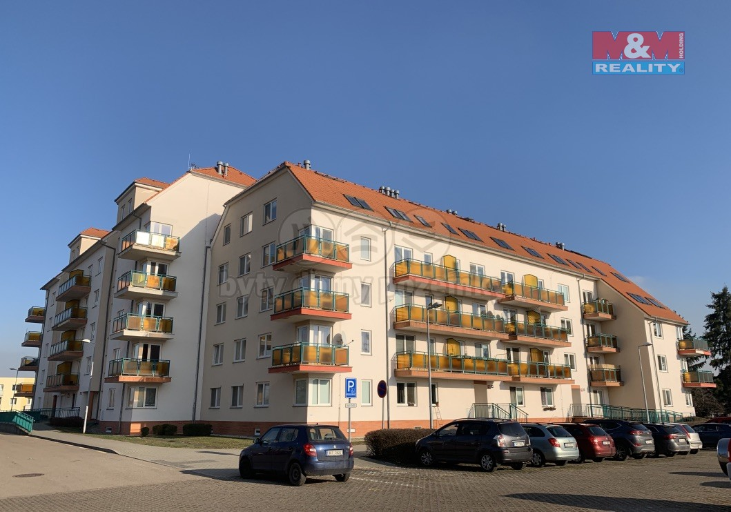 Pronájem, byt 1+kk, 44 m2, OV, Praha 6 - Lysolaje