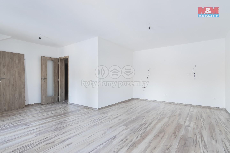 Prodej, byt 3+1, 66 m2, Holice, ul. Hanzlova