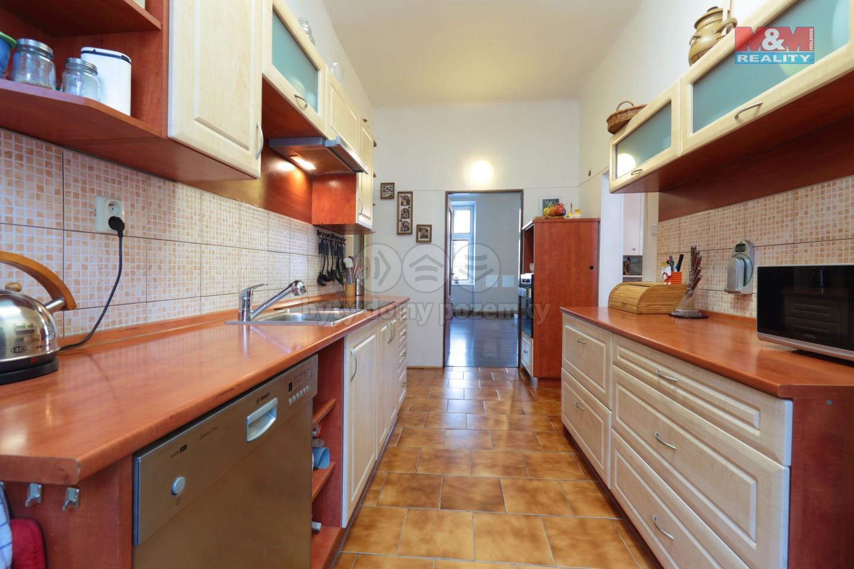 Prodej, byt 4+1, 90m2, Plzeň, ul. Lobezská