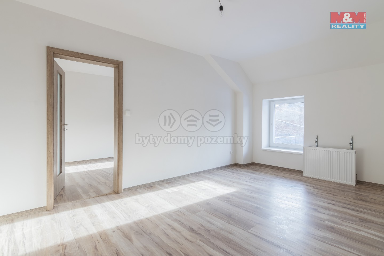Prodej, byt 3+1, 82 m2, Holice, ul. Hanzlova
