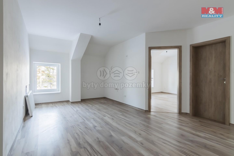 Prodej, byt 3+kk, 71 m2, Holice, ul. Hanzlova