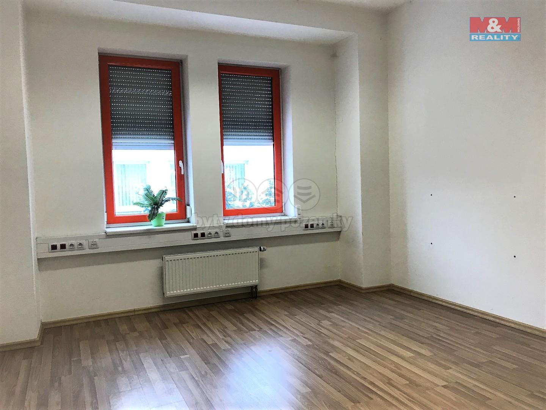 Pronájem, kancelářské prostory, 77 m2, Zlín