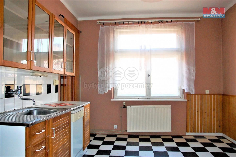 Prodej, byt 2+1, Bílovec, ul. Slezské náměstí