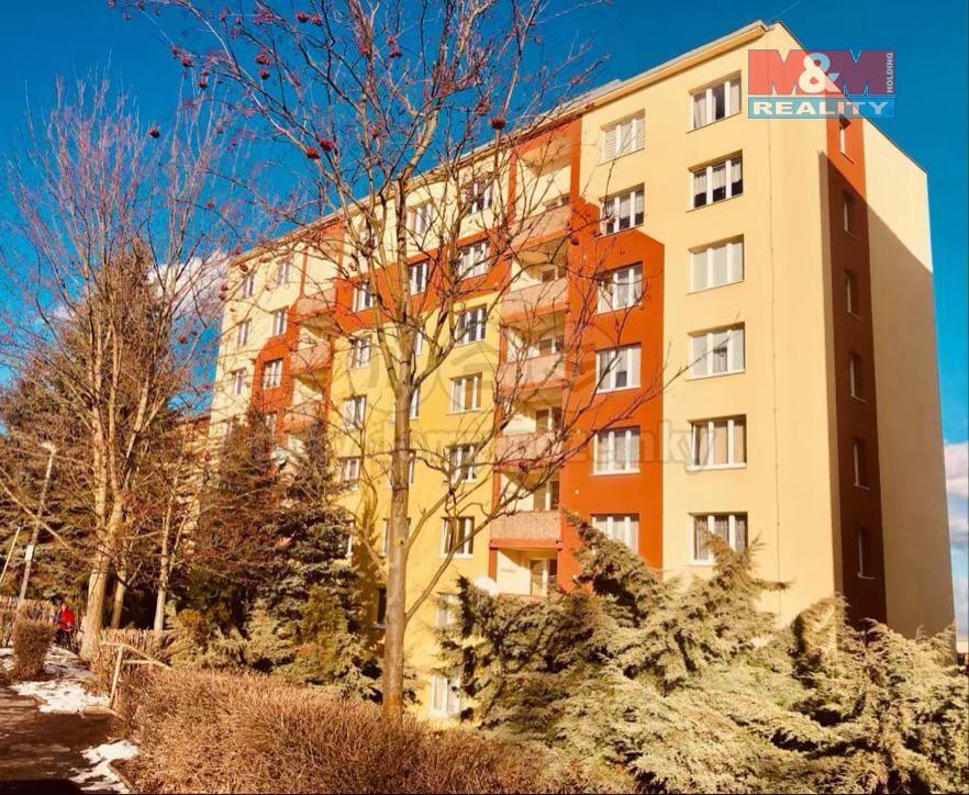 (Pronájem, byt 2+1, 60 m2, Chomutov, ul. Zahradní)