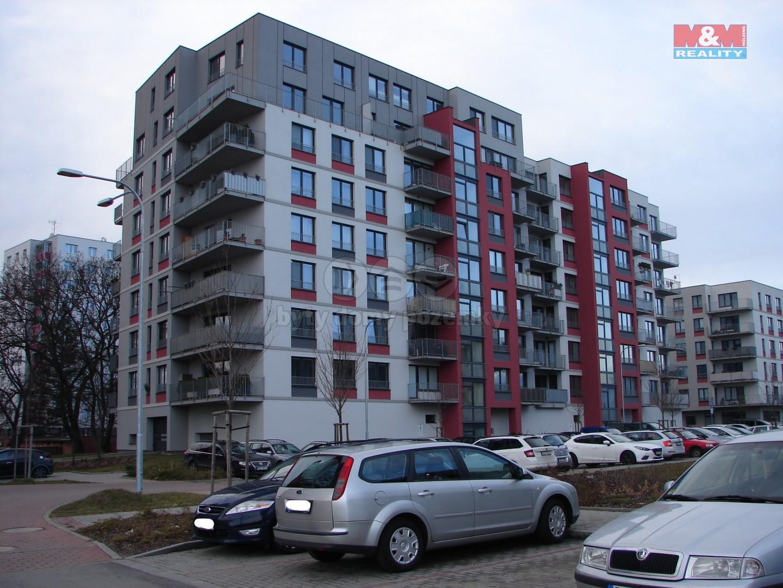 Prodej, byt 3+kk, Pardubice, ul. Pod Vinicí