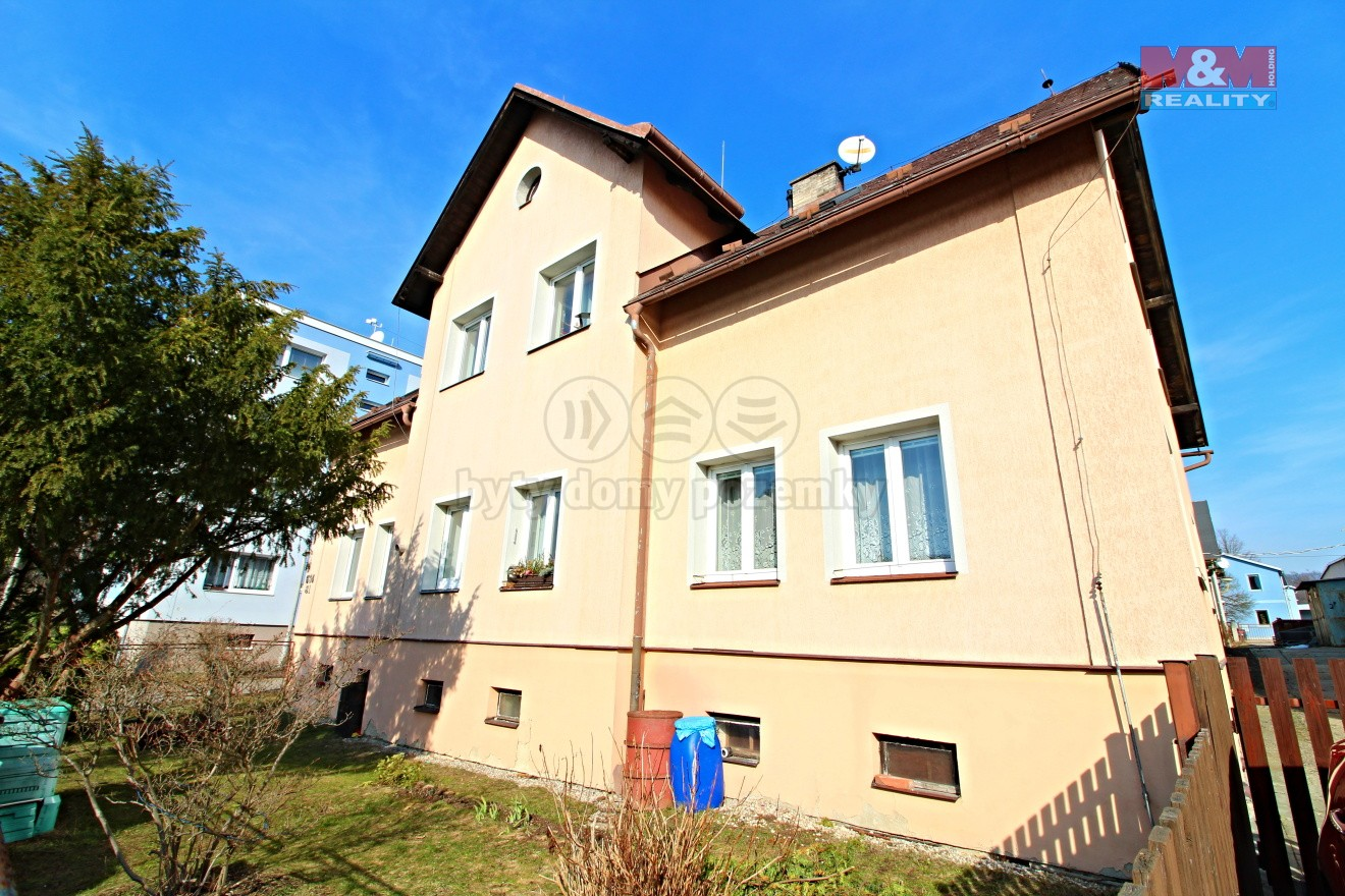 pohled na dům  (Prodej, byt 2+1, 60 m2, Liberec, ul. Ruprechtická), foto 1/26