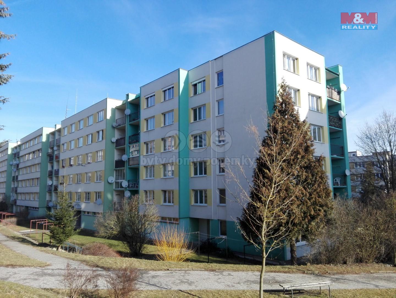 Pronájem, byt 3+1, 72 m2, Český Krumlov - Sídliště Plešivec