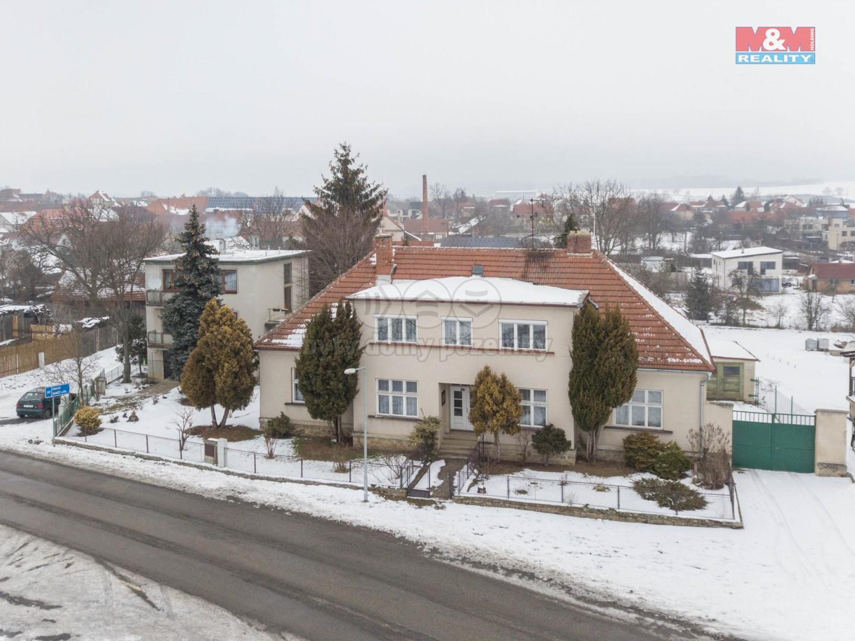 Prodej, rodinný dům 6+1, 1350 m2, Mohelno
