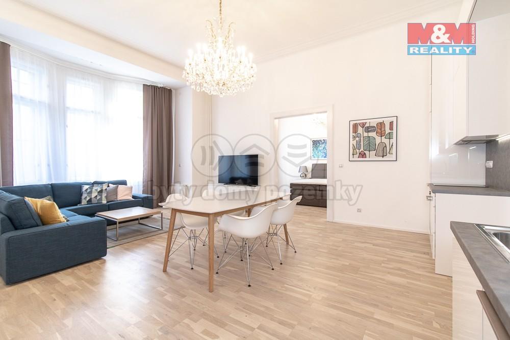 Obývací pokoj + KK (Pronájem, atypický byt, Praha 1- Nové Město, ul. Spálená), foto 1/30