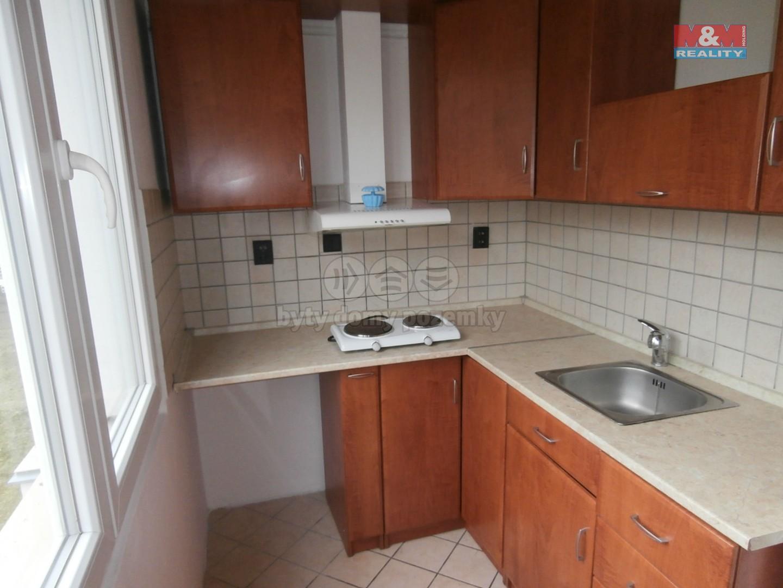 Pronájem, byt 1+kk, 30 m2, Pardubice, ul. Nová